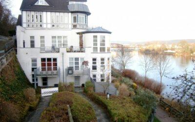 Verkauft: schicke Maisonettewohnung am Weserufer
